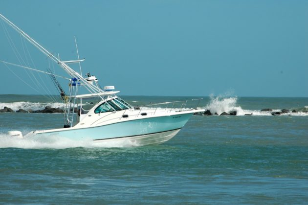 sport-fishing-boat-1420327529opM